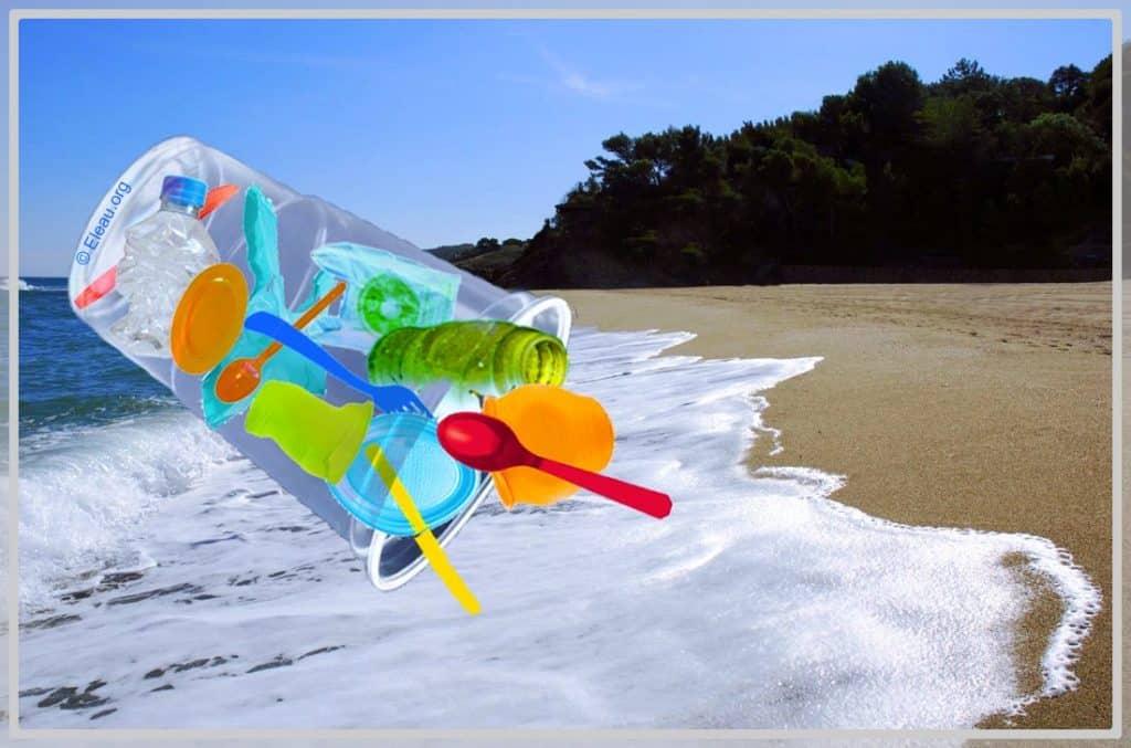 Photo de Plastiques-sur-plage-montage